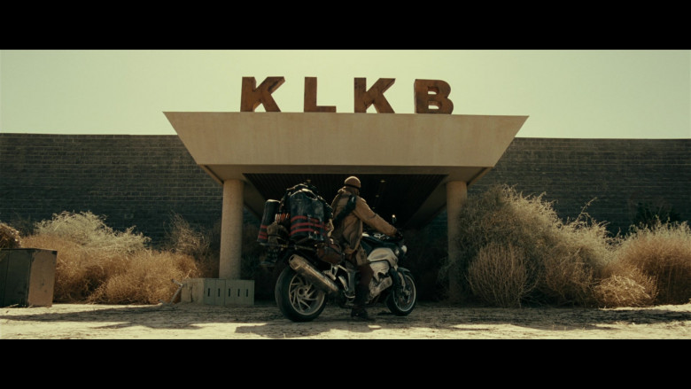 BMW K 1200 R Motorcycle of Milla Jovovich as Alice in Resident Evil Extinction (1)