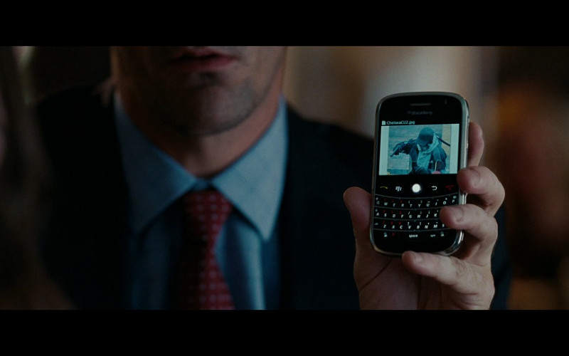 Blackberry mobile phone in The Town (2010)