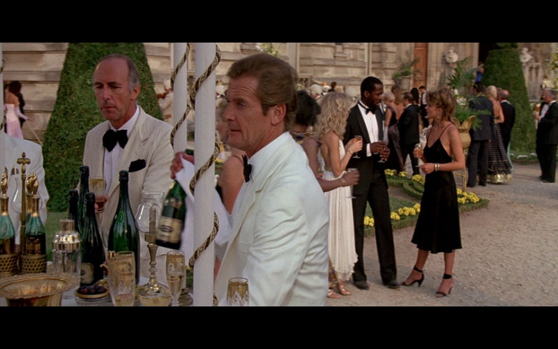 Bollinger champagne in A View to a Kill (1985)