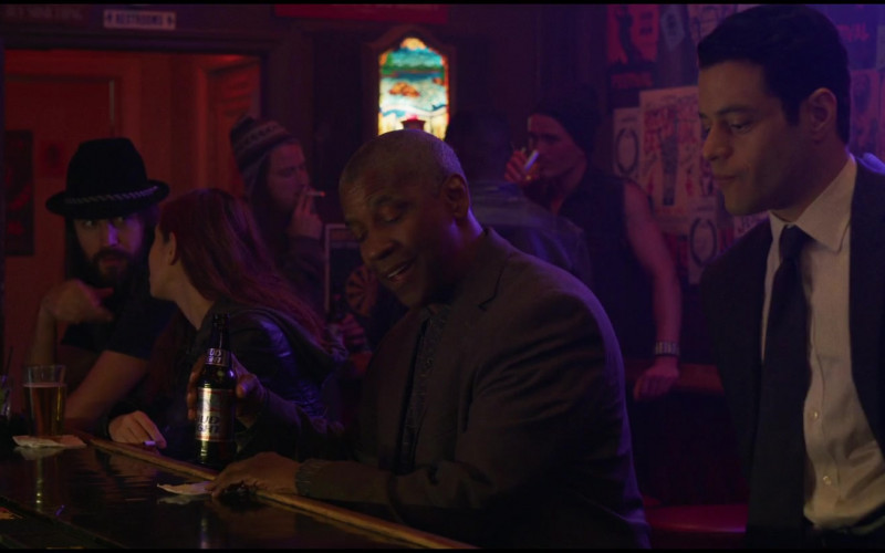 Bud Light Beer Enjoyed by Denzel Washington as Joe 'Deke' Deacon in The Little Things (1)