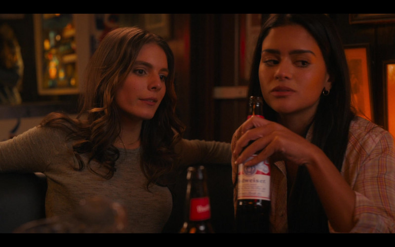 Budweiser Beer Bottle Held by Gigi Zumbado as Tammy in Bridge and Tunnel S01E01 The Graduates (2021)