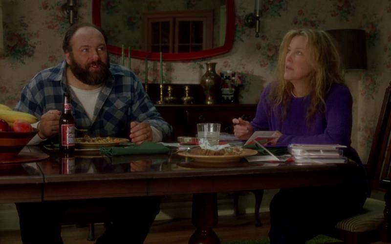 Budweiser Beer Enjoyed by James Gandolfini as Tom Valco in Surviving Christmas (1)