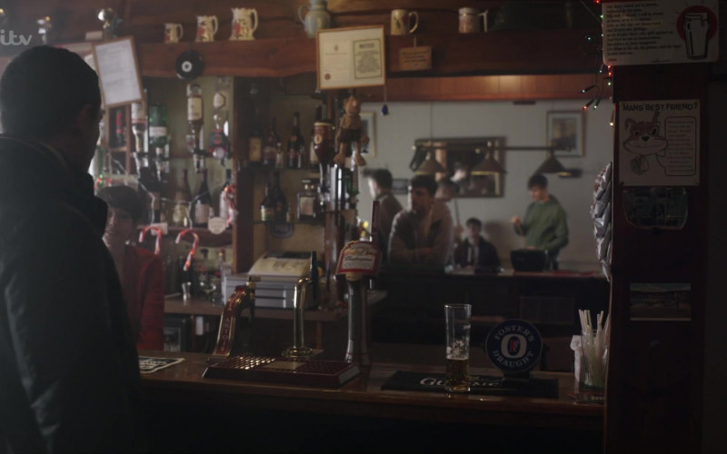 Budweiser and Foster's Draught Beer in The Pembrokeshire Murders Season 1 Episode 2 (2021)