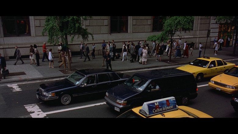 Carlton Cigarettes ad in The Peacemaker (1997)