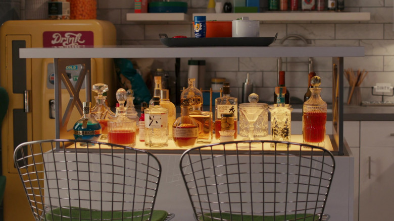 Chambord Liqueur, Roku Japanese Craft Gin, Suntory Whisky Toki in American Housewife S05E06 Mother's Little Helper (2021)