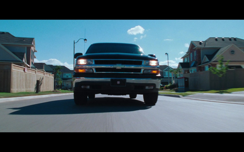 Chevrolet Suburban Cars in Resident Evil Apocalypse Movie (1)