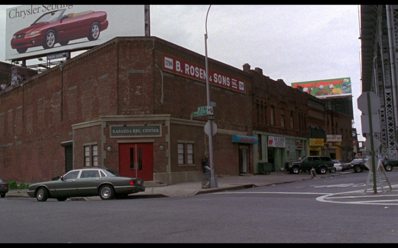 Chrysler Sebring Convertible billboard in Ransom (1996)