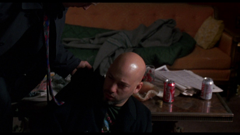 Coca-Cola & Diet Coke Cans in Ransom (1996)