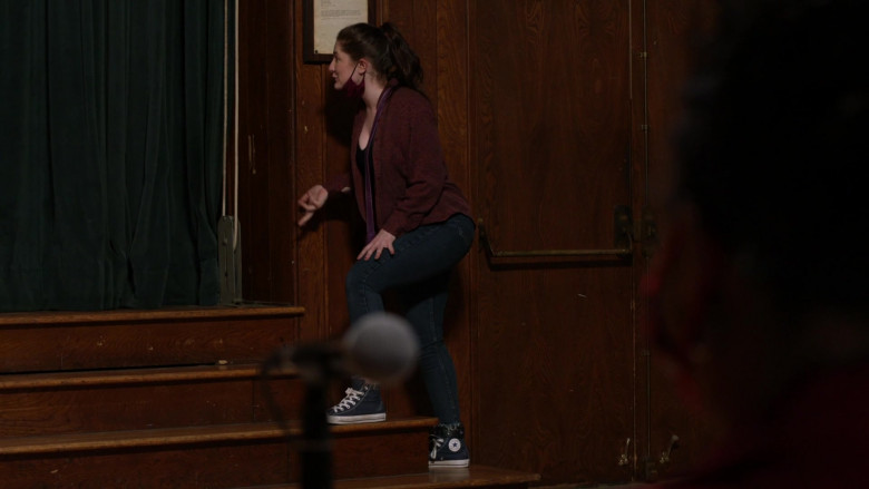 Converse HiTop Shoes of Emma Kenney as Debbie Gallagher in Shameless S11E04 (1)