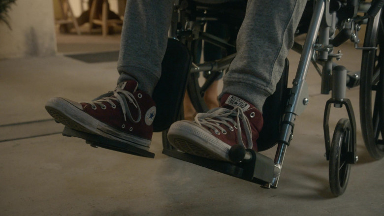 Converse Men's Chuck Taylor All Star Sneakers of Xolo Maridueña as Miguel Diaz in Cobra Kai S03E05 (2)