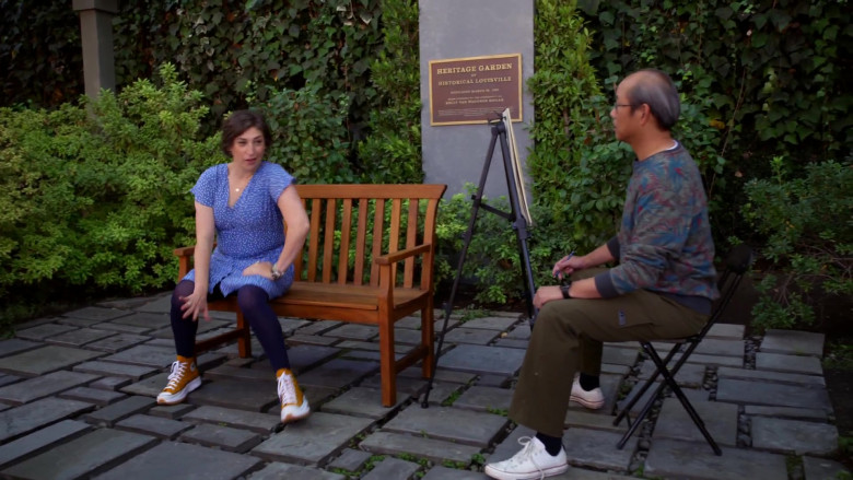 Converse Run Star Hike High Top Yellow Shoes of Mayim Bialik in Call Me Kat S01E02 (2)