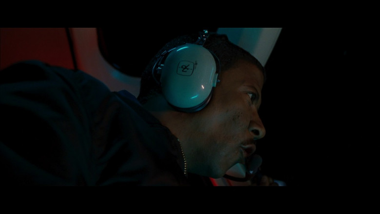 David Clark aviation headset in S.W.A.T. (2003)