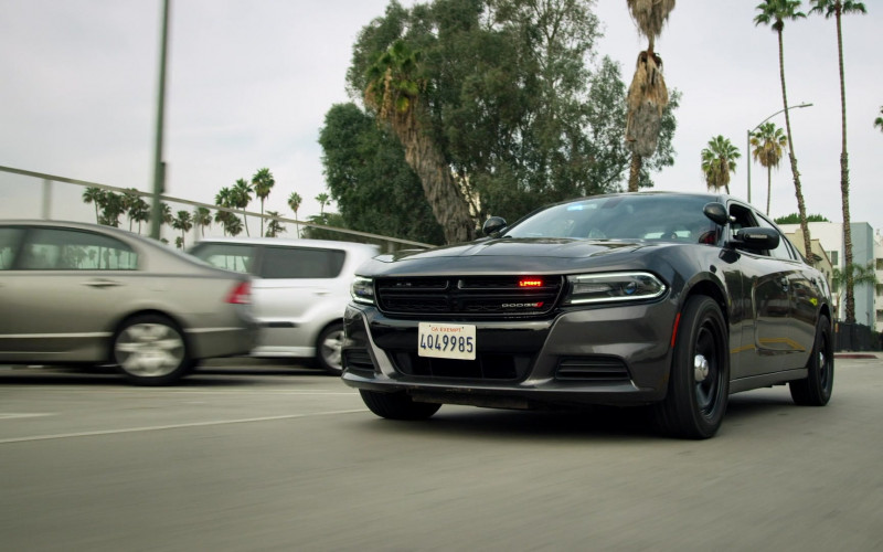 Dodge Charger Car in SWAT S04E07 TV Show (1)