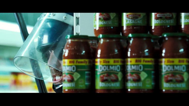 Dolmio Sauces in Hot Fuzz (2007)