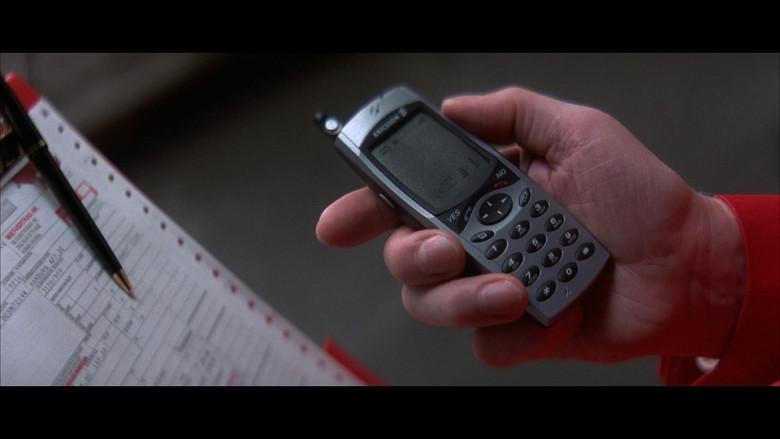 Ericsson mobile phone in Tomorrow Never Dies (1997)