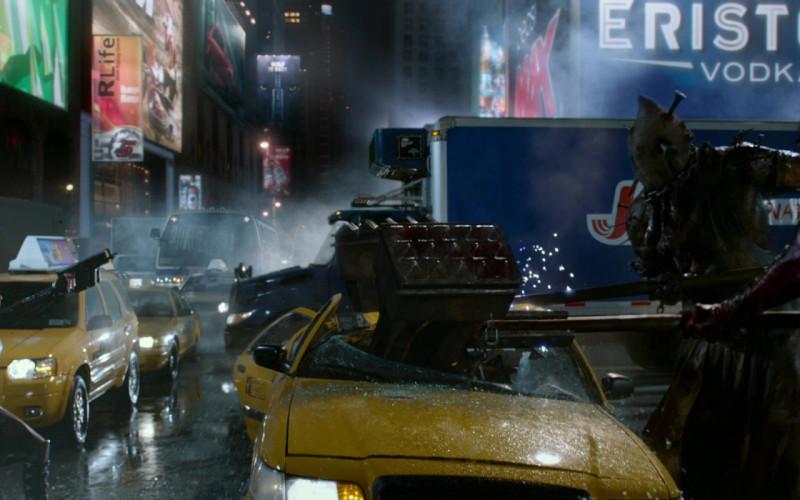 Eristoff Vodka in Resident Evil Retribution (1)