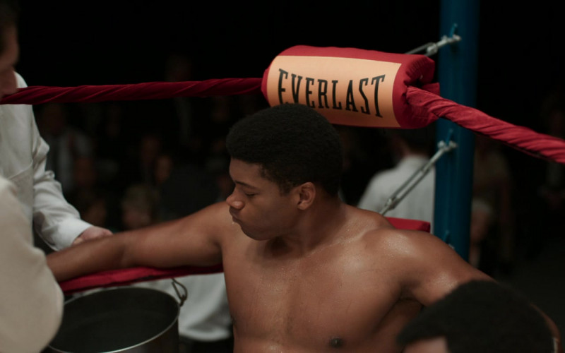Everlast Logos On The Boxing Ring in One Night in Miami (1)