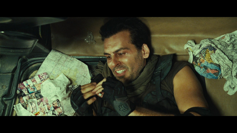 Fox Racing Gloves of Oded Fehr as Carlos Oliveira in Resident Evil Extinction (4)
