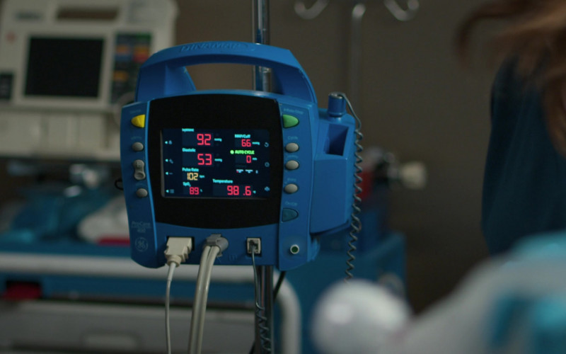 GE Dinamap ProCare 400 Vital Signs Monitor in The Good Doctor S04E08 Parenting (2021)