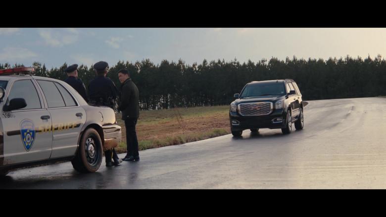 GMC Yukon Car of Teyonah Parris as Monica Rambeau in WandaVision S01E04 (2)