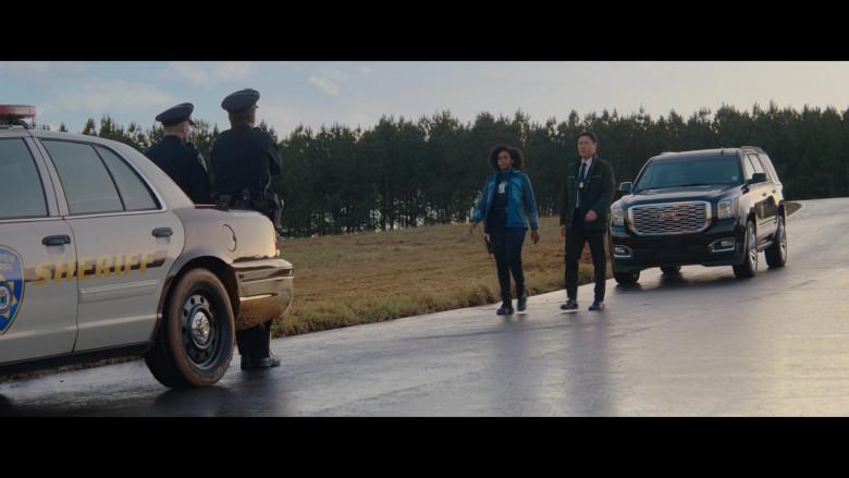 GMC Yukon Car of Teyonah Parris as Monica Rambeau in WandaVision S01E04 (3)