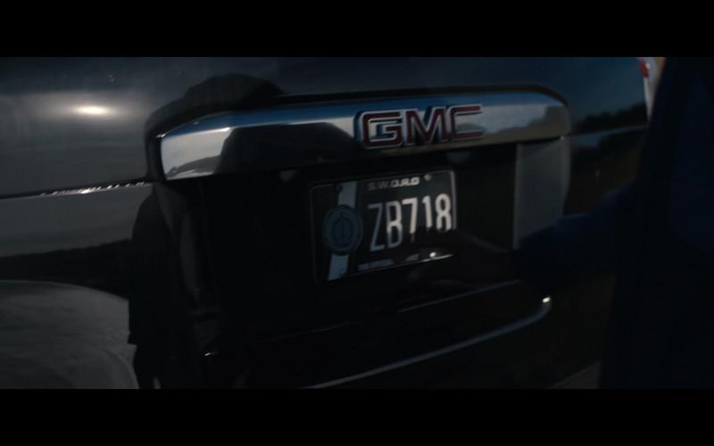 GMC Yukon Car of Teyonah Parris as Monica Rambeau in WandaVision S01E04 (4)