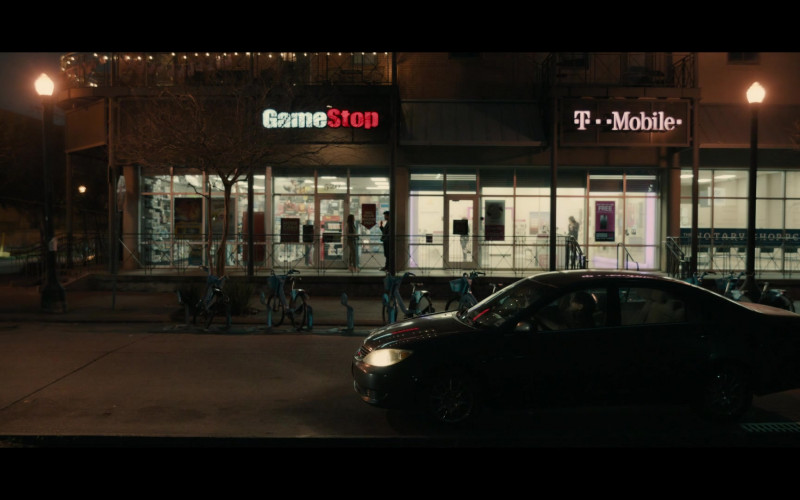 GameStop and T-Mobile Stores in Your Honor S01E06 Part Six (2021)