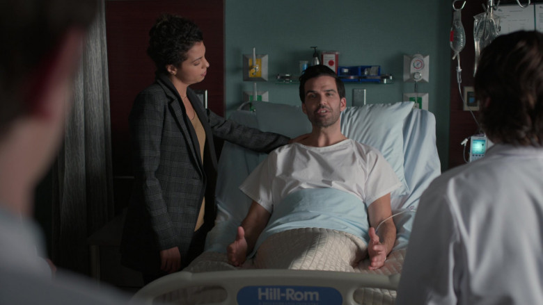 Hill-Rom Hospital Bed in The Good Doctor S04E07 The Uncertainty Principle (2021)