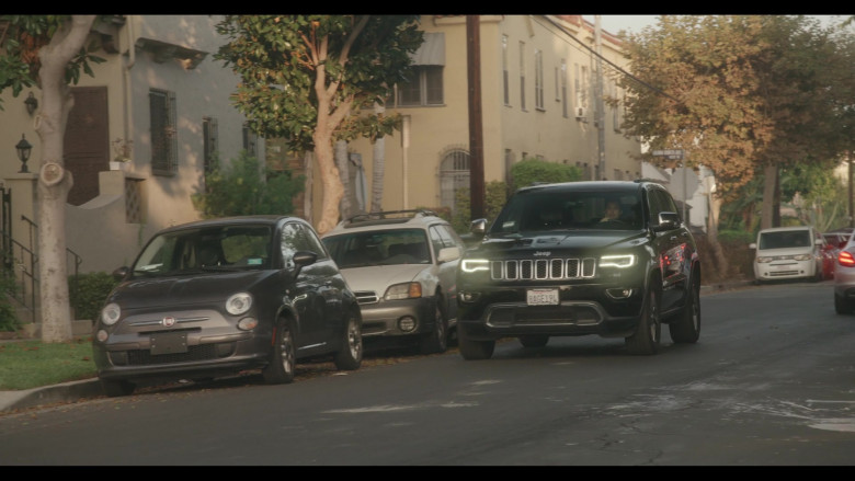 Jeep Grand Cherokee Car of Stephen Colletti as Seth Stewart in Everyone Is Doing Great S01E05 Edible Engagement (2021)