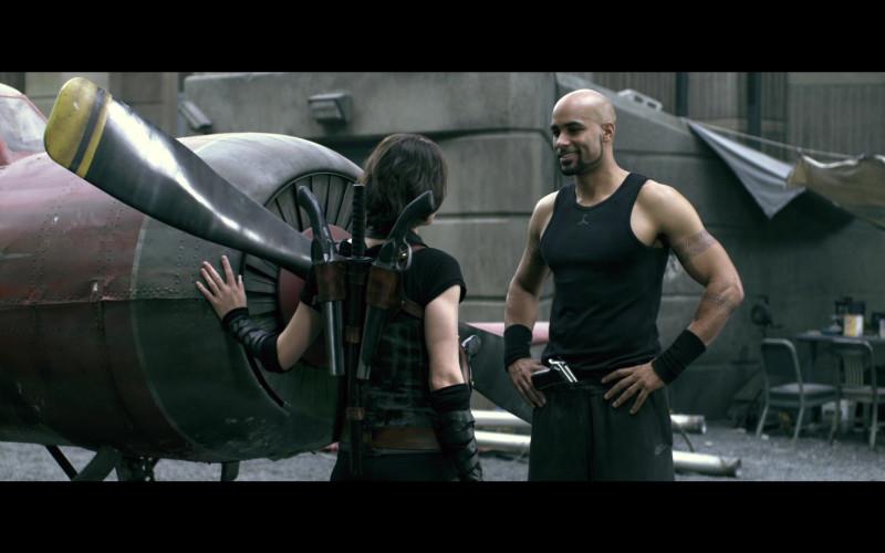 Jordan Men's T-Shirt and Nike Sweatpants of Boris Kodjoe as Luther West in Resident Evil Afterlife