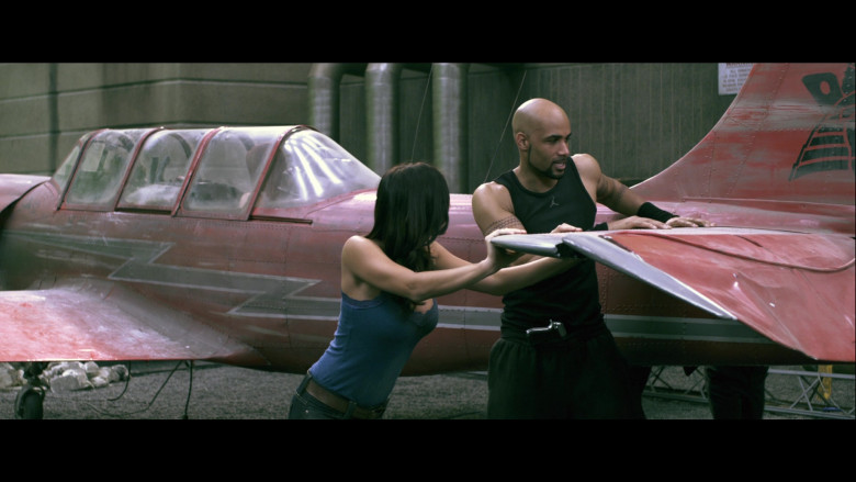Jordan Men's Tee of Boris Kodjoe as Luther West in Resident Evil Afterlife (2)