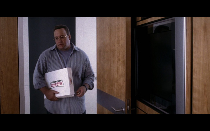 Krispy Kreme Food Box Held by Kevin James as Albert Brennaman in Hitch (2005)