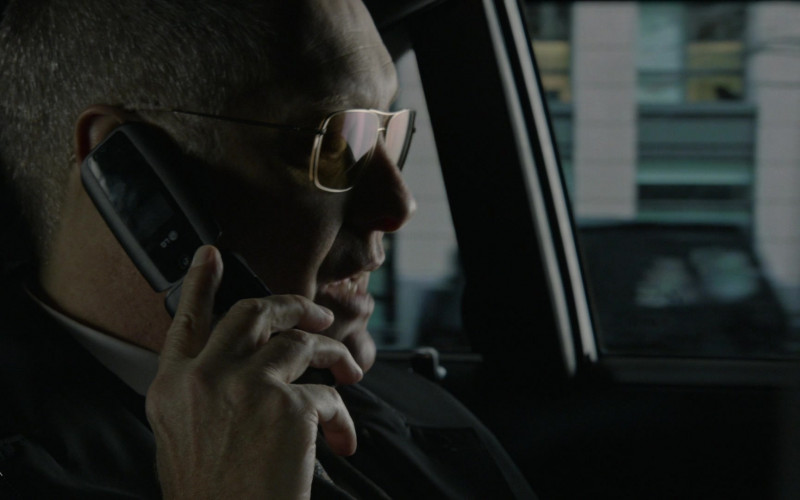 LG Flip Phone of Actor James Spader as Raymond 'Red' Reddington in The Blacklist S08E04 Elizabeth Keen (2021)