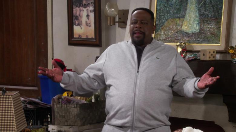 Lacoste Men's Grey Jacket of Actor Cedric the Entertainer as Calvin in The Neighborhood S03E08 (1)