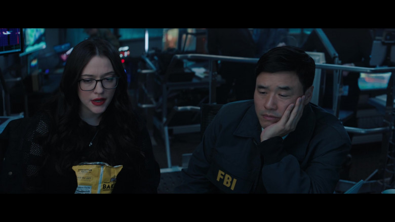Lay's Oven Baked Original Potato Crisps Enjoyed by Kat Dennings as Darcy Lewis in WandaVision S01E04 (1)