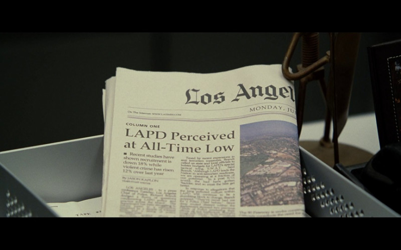 Los Angeles Times newspaper in S.W.A.T. (2003)