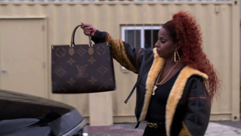 Louis Vuitton Handbag of Mary J. Blige as Monet Stewart Tejada in Power Book II Ghost S01E10 (3)
