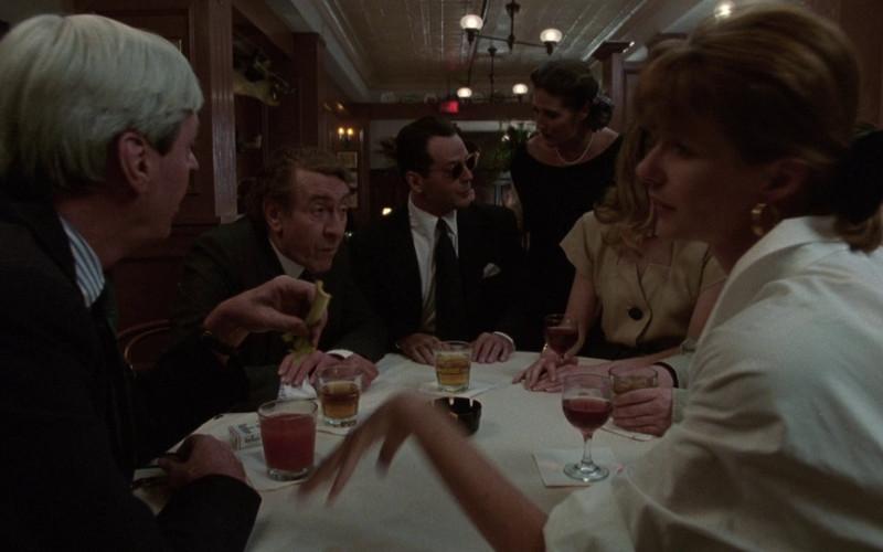 Marlboro cigarettes in The Bonfire of the Vanities (1990)