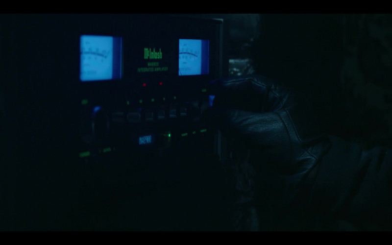 McIntosh Laboratory High-End Audio Equipment in Prodigal Son S02E01 (1)