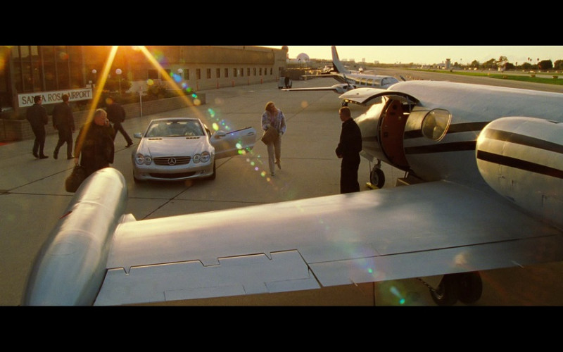 Mercedes-Benz SL Convertible Car in S.W.A.T. (2003)