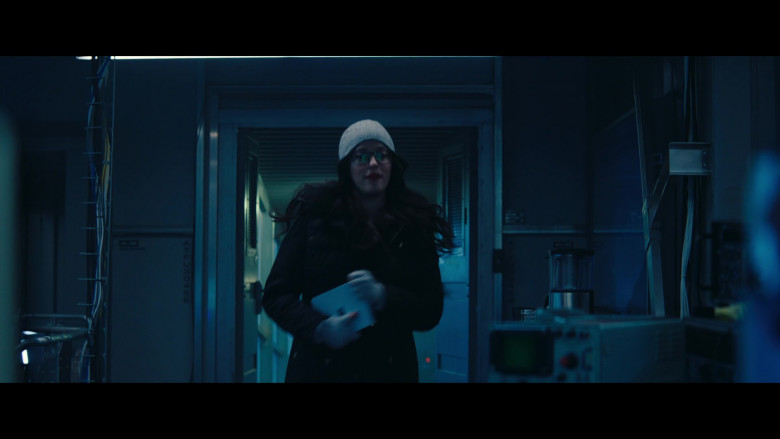 Microsoft Surface Duo Android Smartphone of Kat Dennings as Darcy Lewis in WandaVision S01E04 (1)
