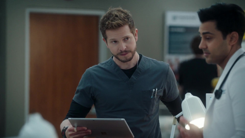 Microsoft Surface Tablet Held by Actor Matt Czuchry as Conrad Hawkins in The Resident S04E02 (1)