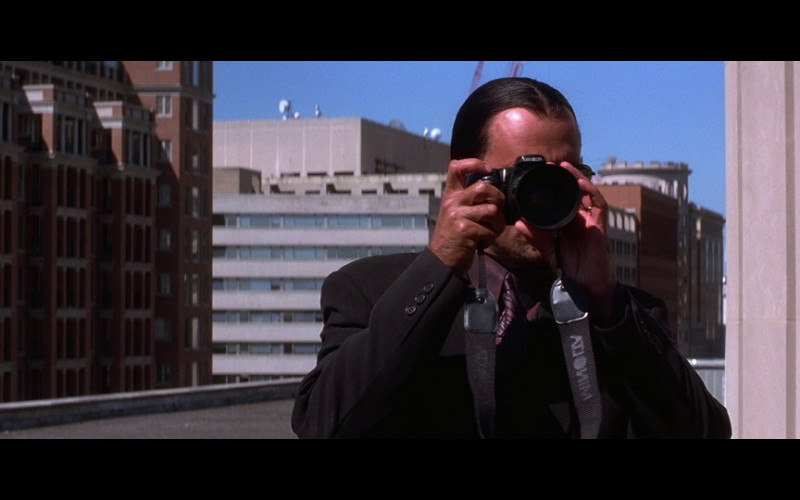 Minolta Camera in The Jackal (1997)
