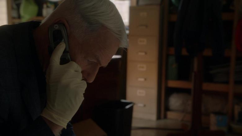 Motorola Mobile Phone Used by Actor Mark Harmon as Leroy Jethro Gibbs in NCIS S18E04 Sunburn (2021)