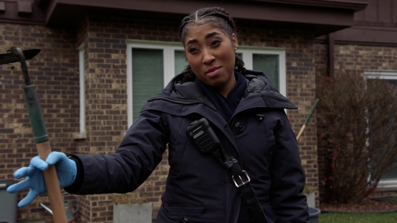 Motorola Radio of Adriyan Rae as Paramedic Gianna Mackey in Chicago Fire S09E03