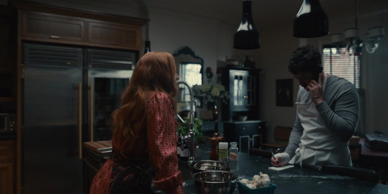 Mrs. Meyer's Clean Day in Servant S02E03 (1)