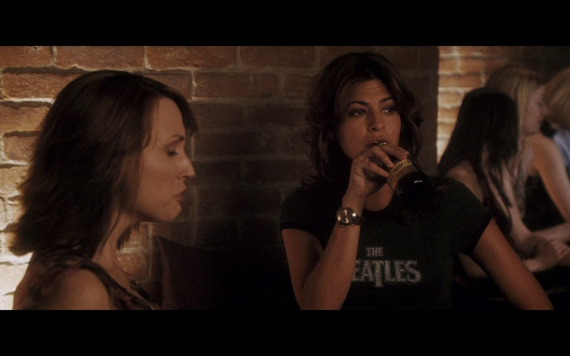Negra Modelo Beer Enjoyed by Eva Mendes as Sara Melas in Hitch (2005)