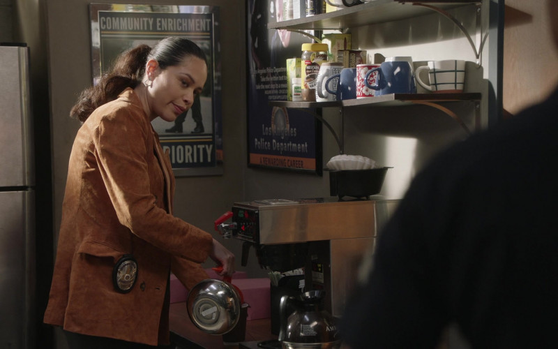 Nescafe Coffee in The Rookie S03E04 (1)