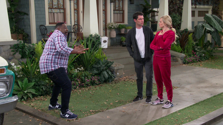 New Balance Men's Blue Trainers Worn by Cedric the Entertainer as Calvin Butler in The Neighborhood S03E07
