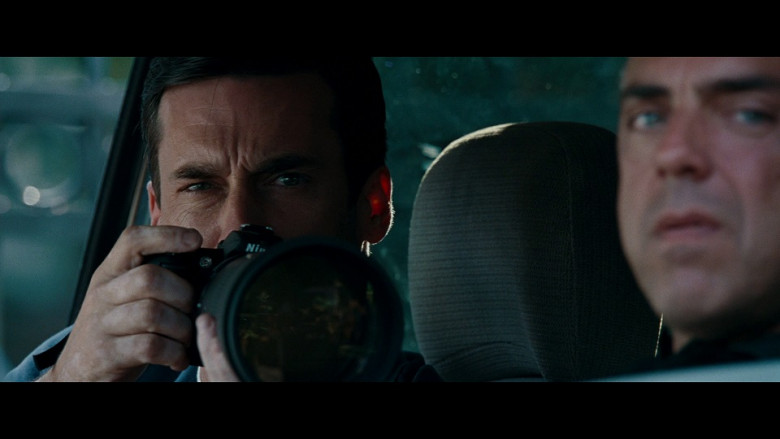 Nikon Camera of Jon Hamm as FBI Special Agent Adam Frawley in The Town (2010)